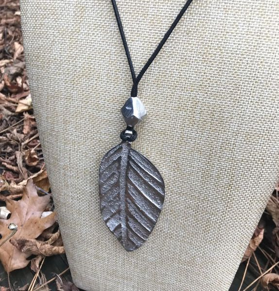 Eco-friendly Aluminum Leaf Necklace
