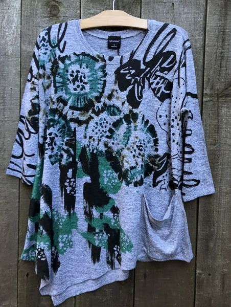 Inoah Emerald Top - Size L -- LAST ONE!