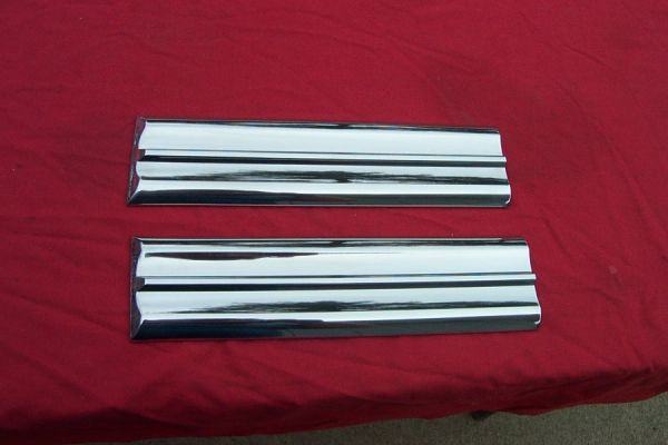 1959 Impala/Nomad Rear Door Moldings (4 dr)