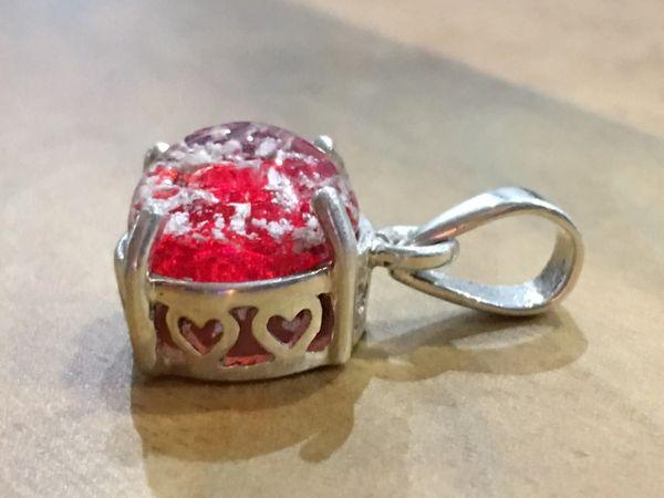 CUSTOM MADE 11mm DIAMETER PENDANT ASHES ENCASED IN GLASS 925 STERLING SILVER