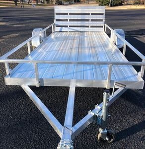 Solid Floor Tongue and Groove Aluminum Utility Trailer