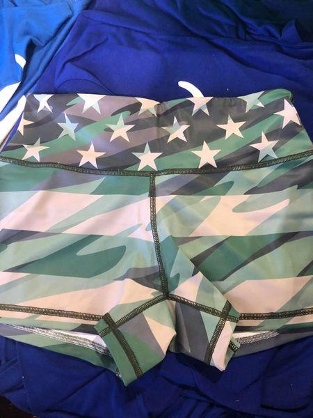 UL - Active Shorts - STEF - CAMO FLAG