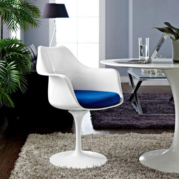 Saarinen Style Armchair-White-Blue Cushion