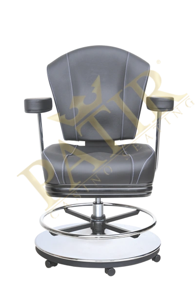 MFP Chair w/wheels & armrests - black