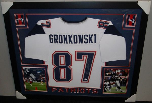 sports shoes 2c450 459c4 New England Patriots Rob Gronkowski Autographed Custom Framed Jersey,  Inscribed