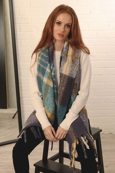 Blue Teal Traditional Check Tasselled Blanket Scarf