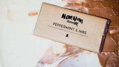 Peppermint & Nibs Chocolate by Nomnom