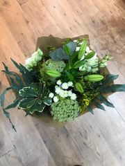 mooch FLOWERS £30 SEASONAL bouquet for collection