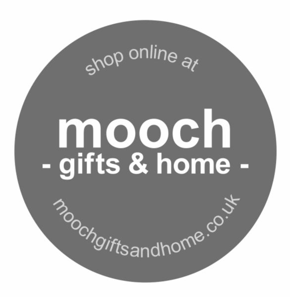 NEW mooch CANDLES no.7 Amber & Tonka Bean