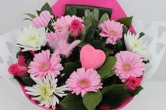 mooch FLOWERS £25 SEASONAL bouquet for collection