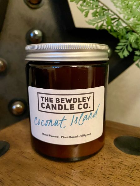 Coconut Island Candle 150g net