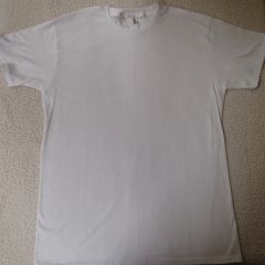 Basic White T-shirt (front & back)