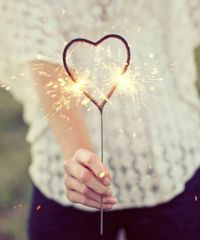 Smokeless Heart-Shaped Sparklers for Photography & Film (Choose Quantity)