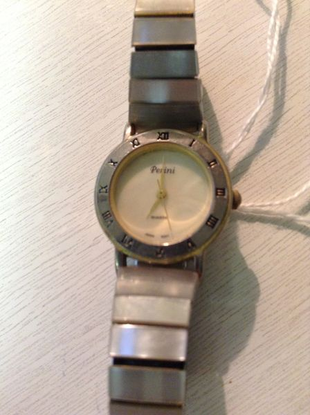 Quartz Perini Watch w/ Mother of Pearl