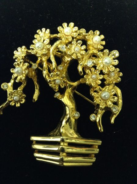 Faux Pearl & Rhinestone Tree Brooch