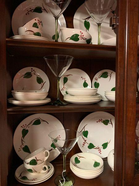 Blue Ridge Pottery Ivy China 5 pc Place Setting