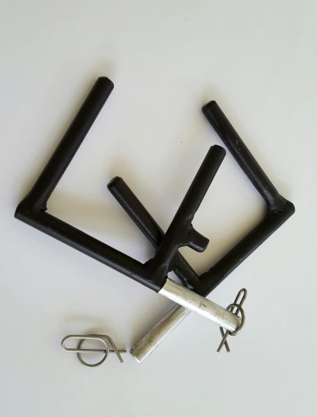 Gun and crossbow holders
