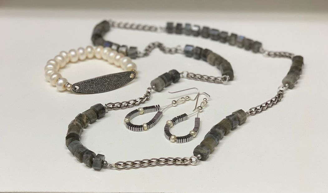 PAVE DIAMOND AND PEARL BRACELET, HEMATITE AND PEARL EARRINGS, LABRADORITE AND SILVER CHAIN