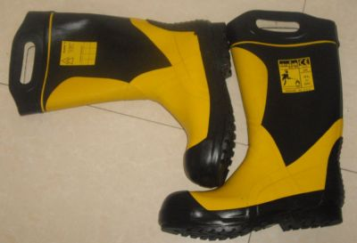 Strazak Fire Boots size 44 (10.5)