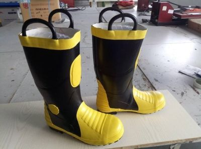 SR Boots Size Euro Size 43 US Size 10