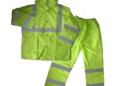 Rain Coat Medium