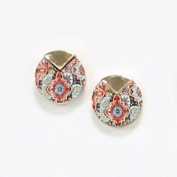 Button wood earrings with Moroccan pattern