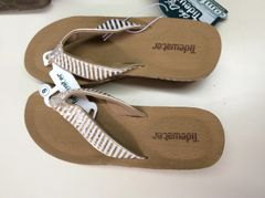 Tidewater Sandals- Gold and white