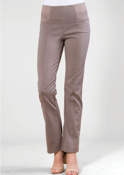 Flattering Fitted Slack pants - Tan