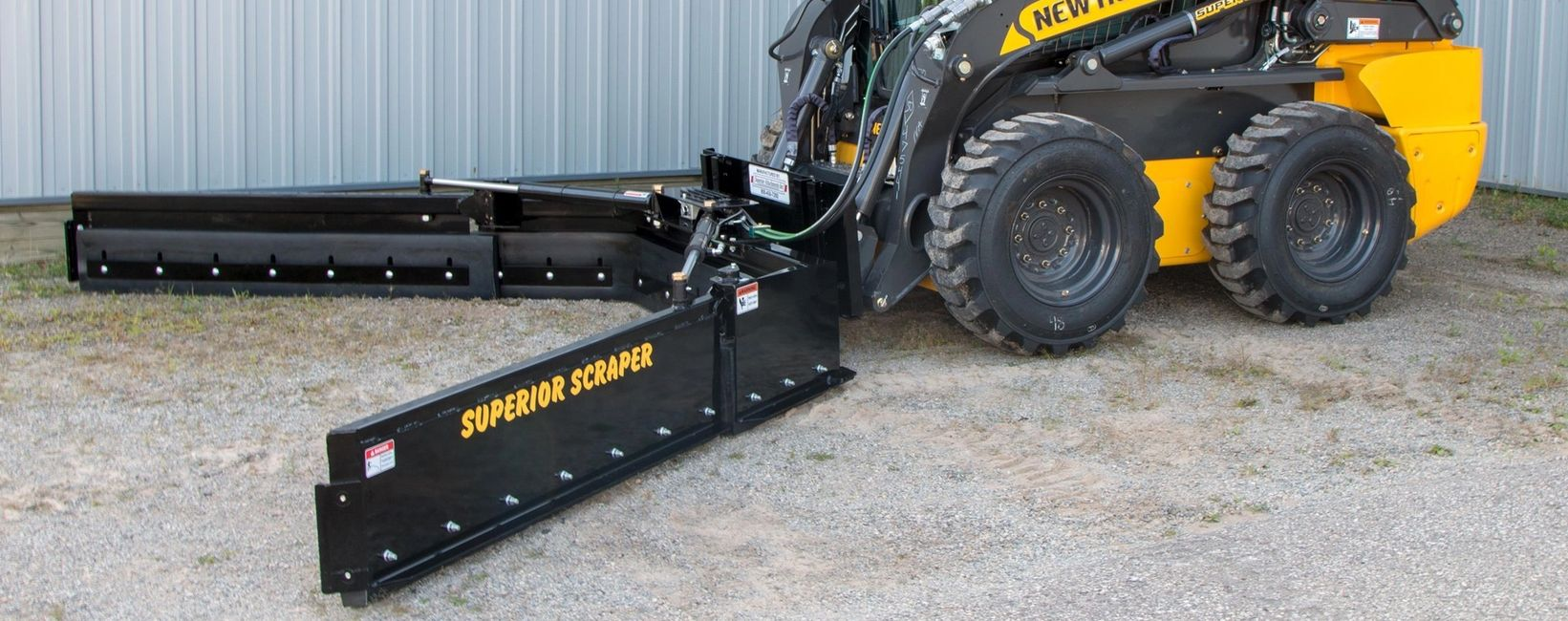Adjustable skid steer manure scrpaer