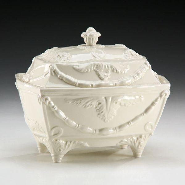 Ceramic Decorative Tureen Box in Cream