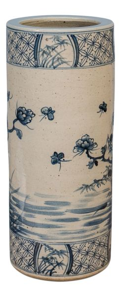 Bird of Wonder Blue and White Porcelain Vase Umbrella Stand Traditional