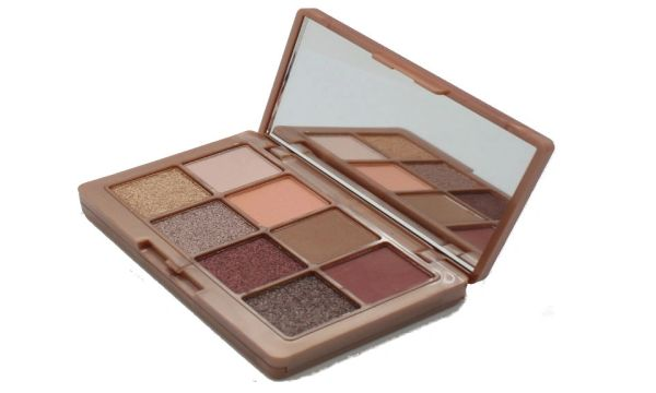 Khroma Beauty Kourtney's Kardazzle Complete Face Rose Gold Palette(Unboxed)