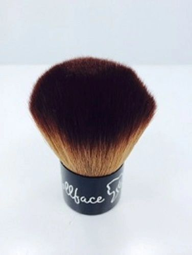Dollface Cosmetics Kabuki Brush