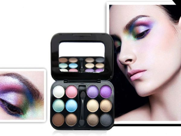 Novo 12 Beautiful Color Eyeshadow Palette