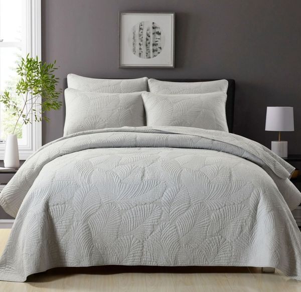 Palm Leaf Coverlet- Light Grey