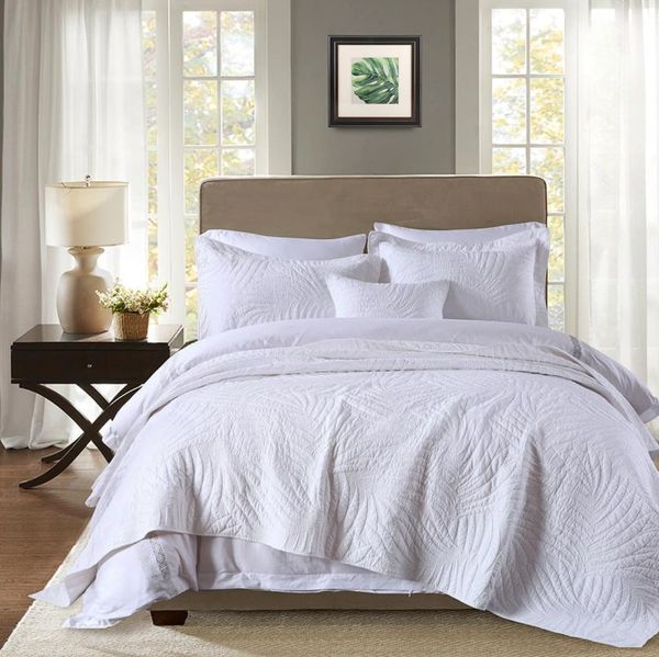 Palm Leaf Coverlet- White