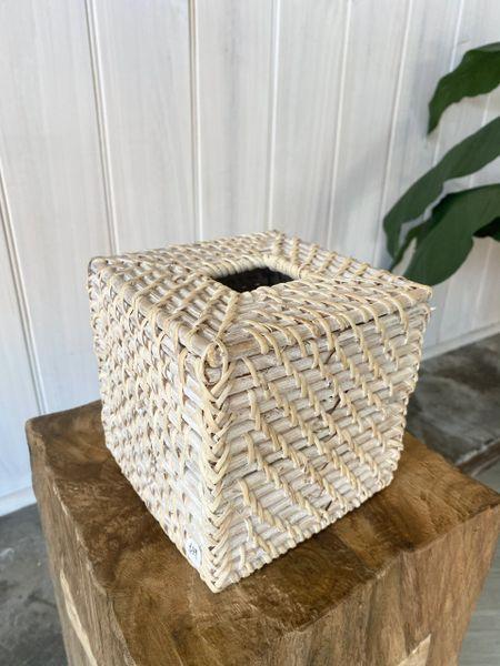 Rattan Tissue Box Cover- Whitewashed