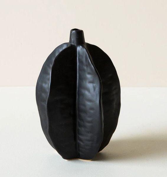 Pod Vase - Matte Black