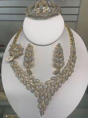 AMERICAN DIAMOND SET-56