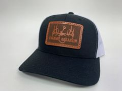 NEW SADDLE LEATHER SERIES LOGO SNAPBACK BLACK/WHITE **LIMITED STOCK**