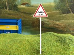 FBS03 Road Sign Post Cattle Grid 1:32 Scale by Minia-Cn