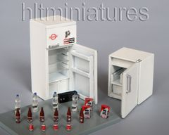 PLM222 Fridges & Contents Kitchen Accessories Kit 1:32/1:35 scale by Plusmodel