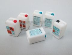 5 x 20 litre Chemical Cans/Bottles/Containers Kit 1:32 Scale by Artisan 32 21874