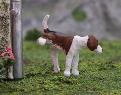 Foxhound Dog Cocking-Leg Elmo by HLT Miniatures WMA09