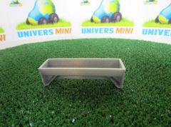2m Cattle Trough with Legs 1:32 Scale by Minimaker BX61GPAU2