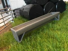3m Cattle Trough with Legs 1:32 Scale by Minimaker BX61GPAU3