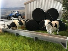 6m Cattle Trough with Legs 1:32 Scale by Minimaker PAU6