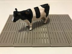 1 x Concrete Cattle Shed Floor Slats 1:32 Scale by Minimaker BX50GMCA312