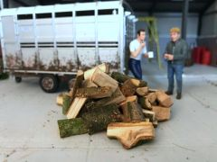 Chopped Split Logs 1:32 Scale by HLT FB041