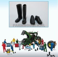 Wellies and Work Boots Set 1:32 scale by Artisan 32 (81002)